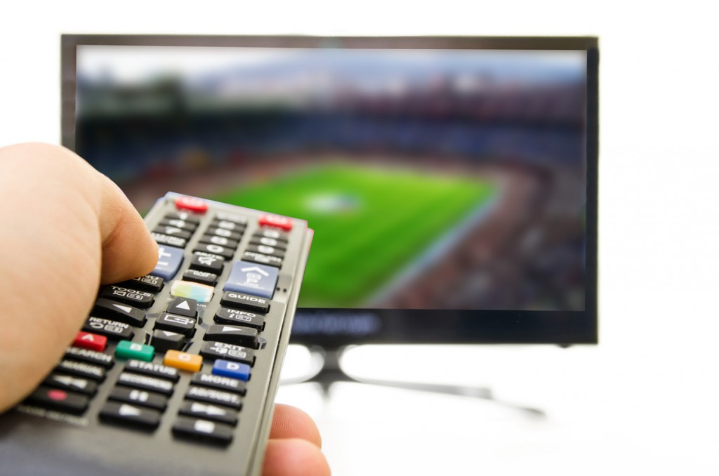 Smart TV also enjoy football
