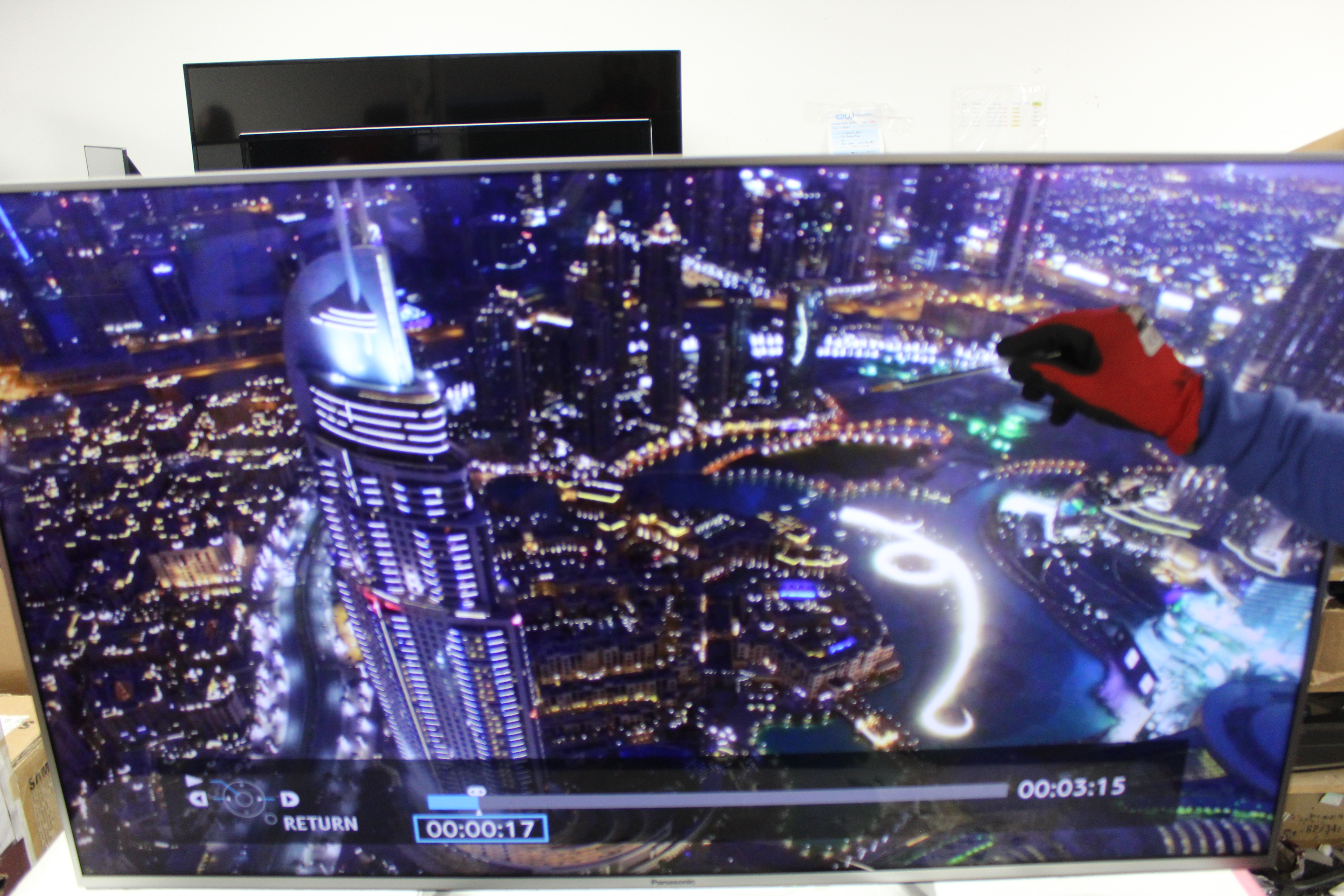 50 Panasonic TX-50DX700B 4K Ultra HD Freeview HD Smart LED HDR TV